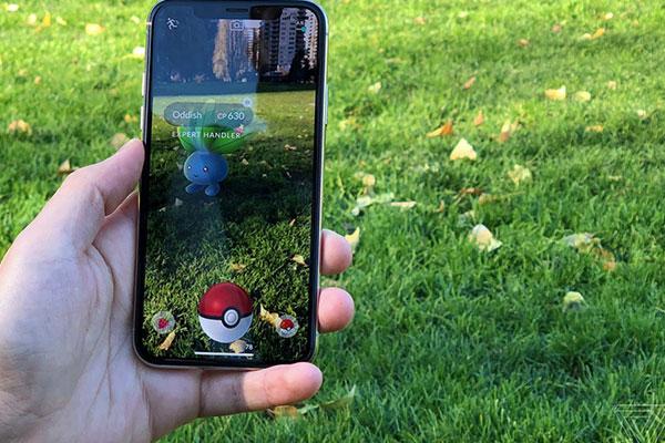 Pokemon Go là tựa game rất hot 2015 và vẫn còn rất nhiều người chơi trên toàn thế giới