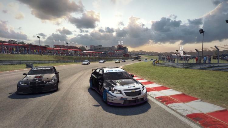 Grid Autosport - game đua xe nhiều địa hình cho pc