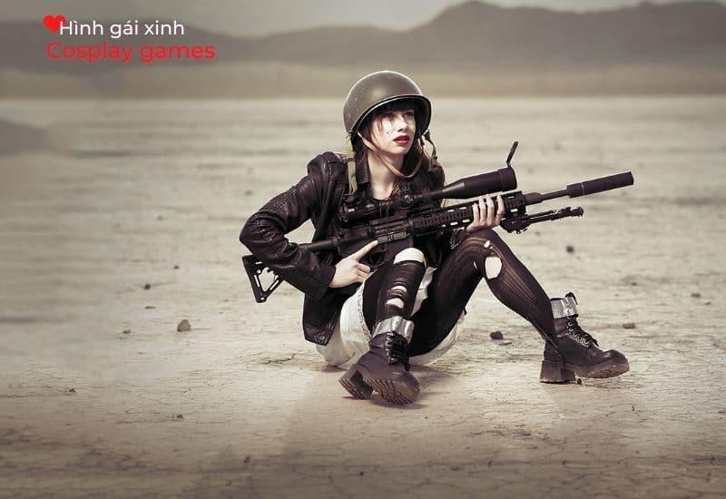Hình Cosplay cô gái cùng khẩu súng trường